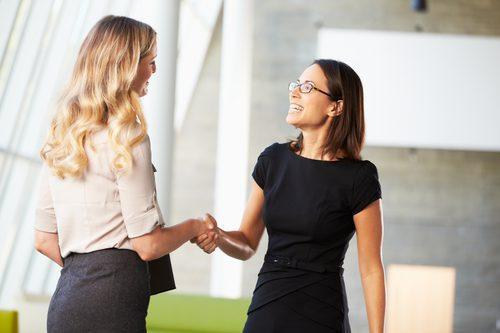 Los 10 Mejores Métodos de Servicio al Cliente para Aumentar las Ventas
