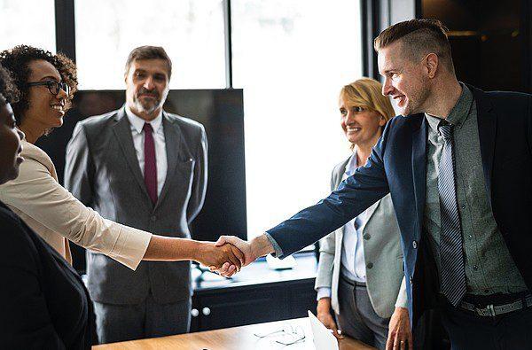Teljes útmutató az ügyfelek hatékony beilleszkedési programjához
